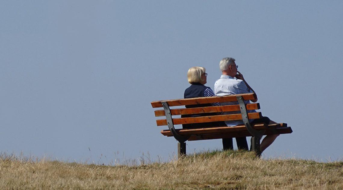 Береги пенсию смолоду. Как проходит пенсионная реформа в Украине: факты и комментарии