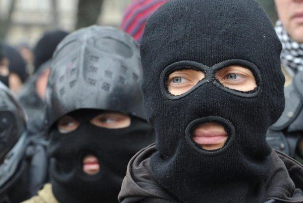 В селе Новоукраинка Новониколаевского района Запорожской области происходит рейдерский захват