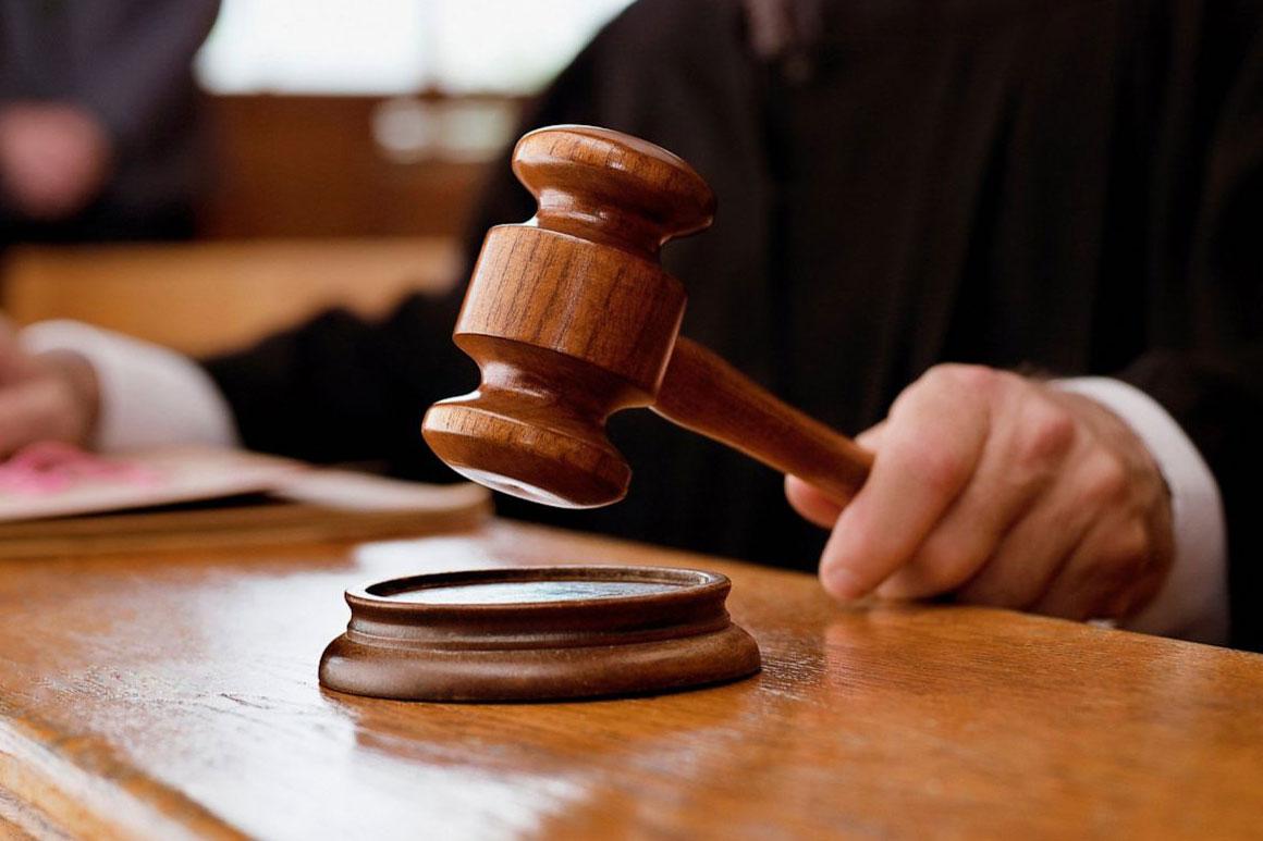 Жительница Запорожской области на почве ссоры задушила мужа: злоумышленница получила 8 лет тюрьмы