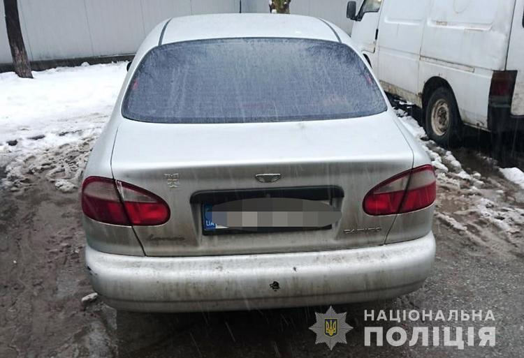 С помощью устройства для сканирования и открытия автомобильной сигнализации злоумышленник ограбил автомобиль жителя Запорожья (Фото)