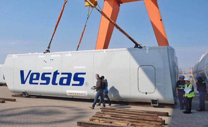 Для ВЭС в Запорожской области прибыли комплекты ветрогенераторов (Фото)