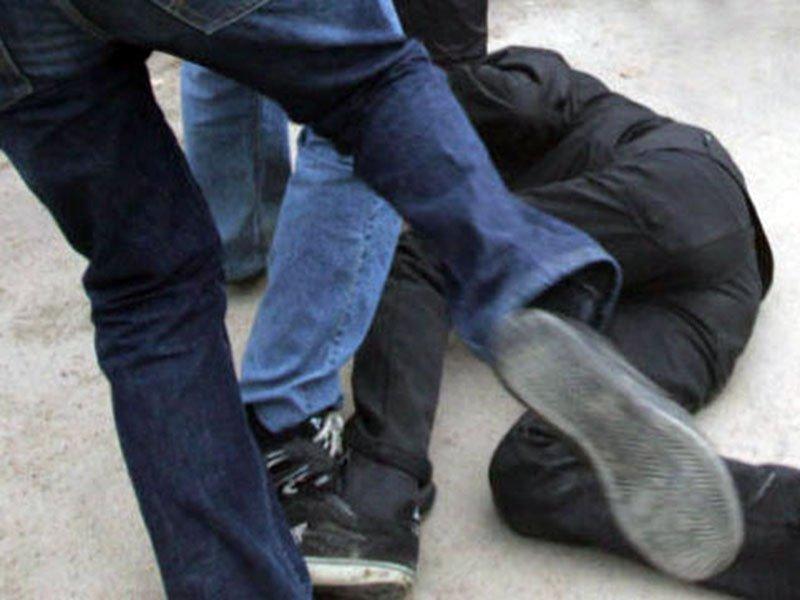 В Запорожье подростки снова избили бездомного (ВИДЕО)