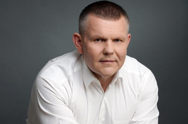 В офисном туалете выстрелом в голову убили народного депутата