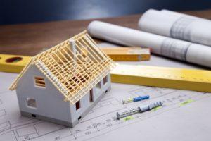 Ціни падають, пропозиція росте. Чим закінчиться будівельний бум в Україні?