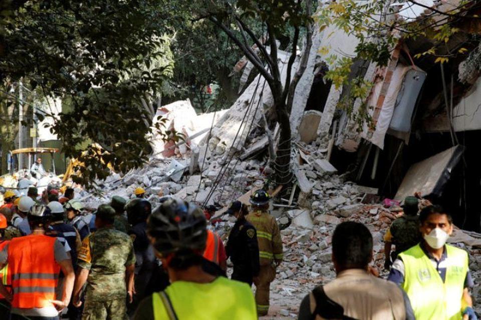 Мощное землетрясение в Мексике : объявлено чрезвычайное положение