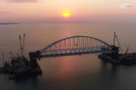 Из-за Керченского моста Украина подаст в суд на Россию