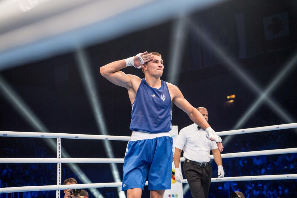 Боксер Александр Хижняк — чемпион мира