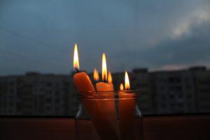 В Украине из-за непогоды без света сидят более 100 населенных пунктов