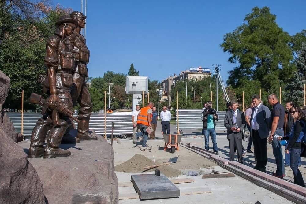 Памятник погибшим в Афганистане отремонтируют в сентябре