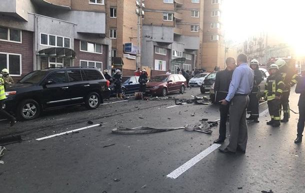 Взрыв авто в центре Киева. Модели Dior оторвало ногу