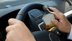 За пьяное вождение без прав придется пожизненно ходить пешком