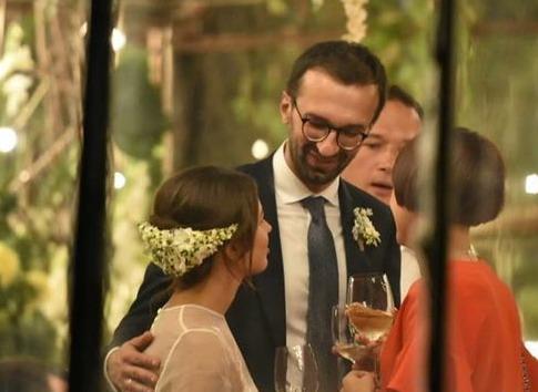 В сеть попали фото со свадьбы народного депутата Лещенко