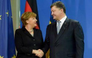 Порошенко поздравил Меркель с победой на выборах