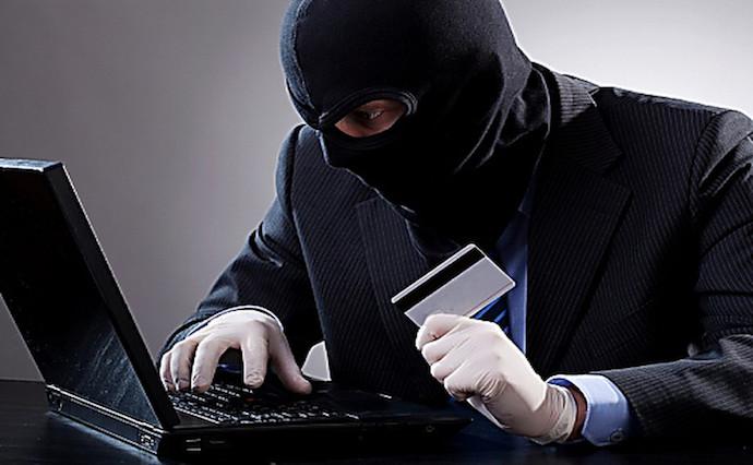 Хакери не дремлют: как обезопасить денежные средства на банковской карте