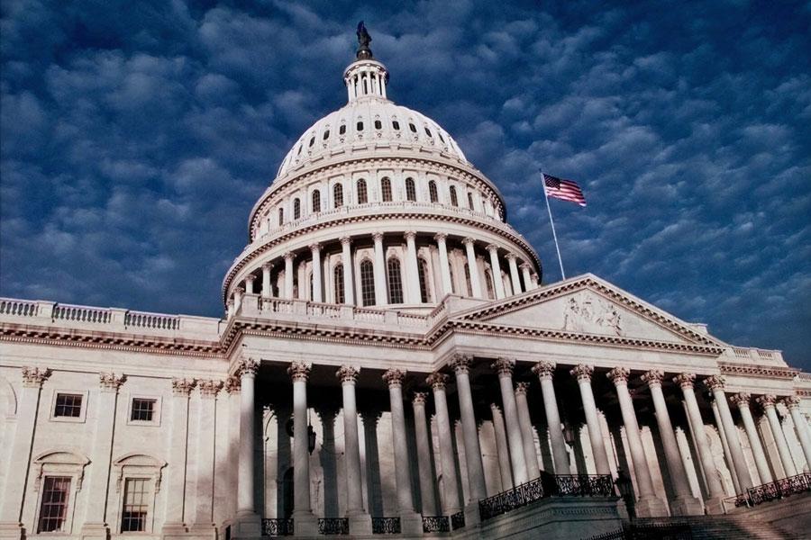 Сенатом США  будет увеличена помощь Украине в 2018 году