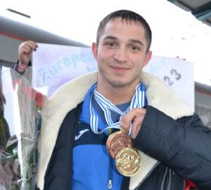 Тяжелоатлеты ЗНУ привезли с Чемпионата Европы золото и серебро