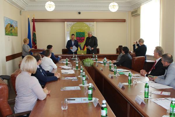 В Запорожье представители делегации из Оберхаузена делятся опытом