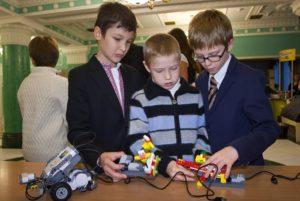 В Украине школьники будут учиться с помощью LEGO