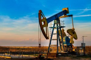 Fitch: Цена нефти вряд ли вырастет выше $60 за баррель