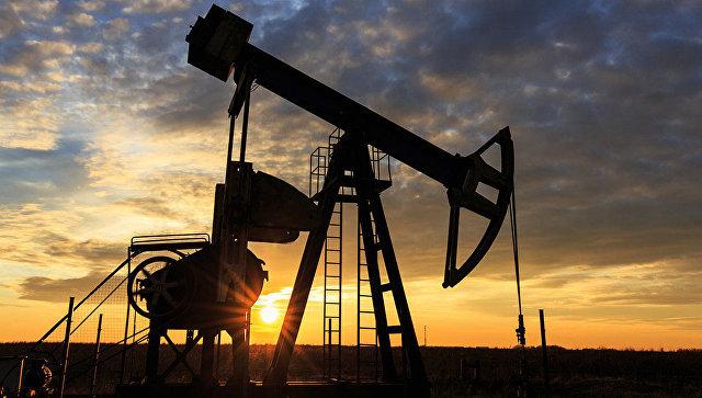 Цена нефти Brent поднялась выше $61 впервые с июля 2015 года