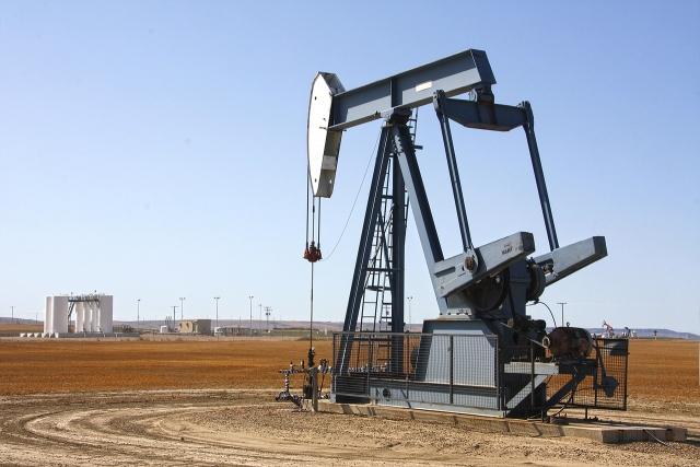 Иран будет поставлять нефть в Россию