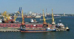 Бердянский порт терпит убытки из-за Керченского моста