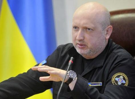 Савченко сломала микрофон в Верховной Раде во время выступления Турчинова