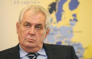Президент Чехии посоветовал Украине отказаться от Крыма
