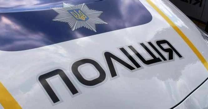 В Запорожской области задержан вандал похищавший венки с могил