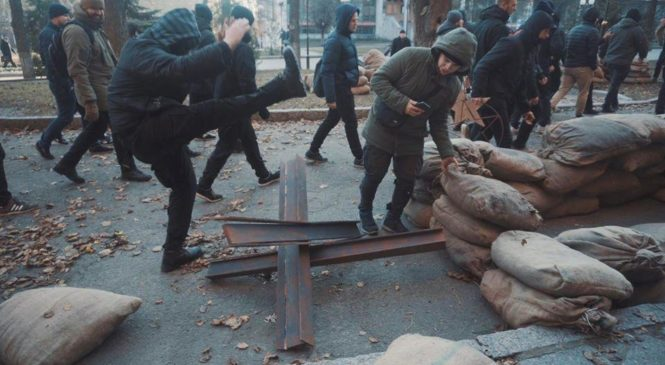 В Харькове бойцы Нацкорпуса разгромили съемочную площадку. ФОТО