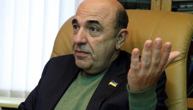 Журналист нашел у Рабиновича израильский паспорт и незадекларированный дом под Киевом