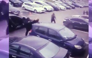 В сеть попало видео, ограбления в Киеве на $100 000