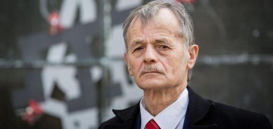 Джемилев: В Крым завезли 300 000 россиян
