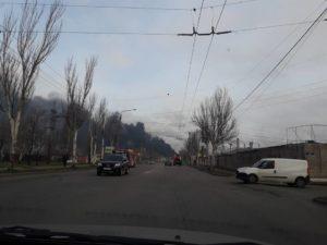 Густой черный дым над Запорожьем: в чем причина?..