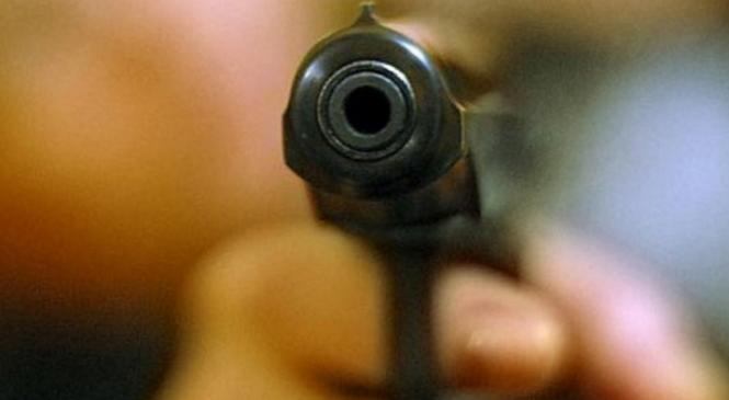 В Одессе полицейскому выстрелили в лоб