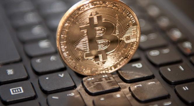 10 000$ . Bitcoin установил исторический рекорд