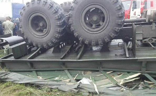 В Запорожье перевернулся грузовик ВСУ, есть погибшие