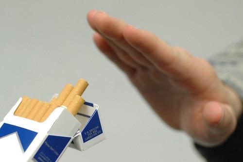 За 7 лет от сигарет отказались 20% украинцев