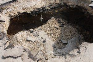 В Токмаке из-за обвала грунта погиб мужчина