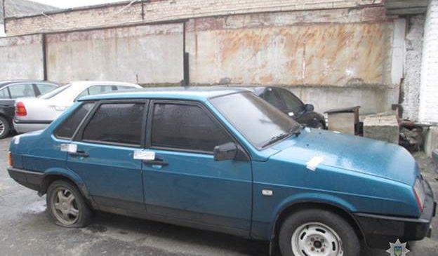 В Мелитополе полицейские задержали вымогателей-автоугонщиков