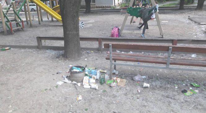 Как в Запорожье платят дважды за уборку придомовой территории