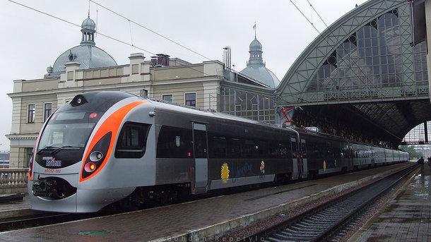 В Украине с 10 декабря будет действовать новый график движения поездов