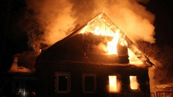 У Запоріжжі в покинутій будівлі згорів чоловік