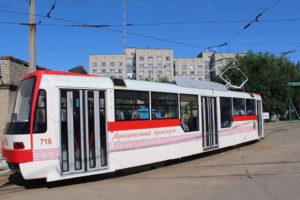 Где отметить Новый год? В Запорожье на корпоратив можно арендовать трамвай