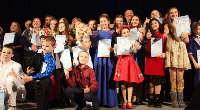 В Запорожье продолжается конкурс «Яркие дети»