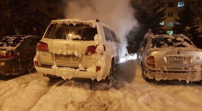 В Харькове сожгли Lexus мужа судьи, которая ведет дело Зайцевой