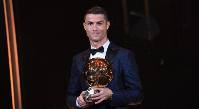 Роналду в пятый раз стал обладателем Золотого мяча