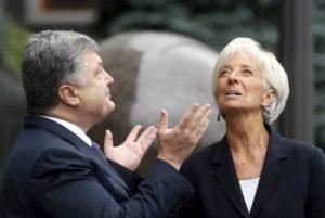 Порошенко поговорил с Лагард о борьбе с коррупцией