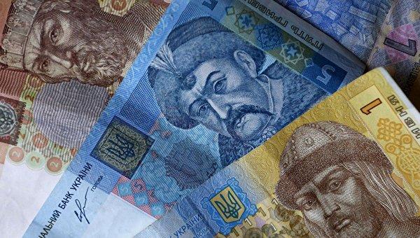 Число получающих минимальную зарплату в Украине сократилось в 3,5 раза