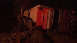 В Запорожье водитель потерял катушки на железнодорожных путях